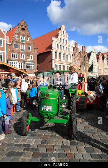 Tractor at  Kopefest parade, Lueneburg, Lower Saxony, Germany, Europe - Stock Image