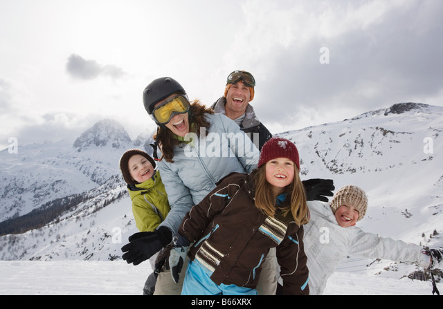 Family at ski resort - Stock-Bilder