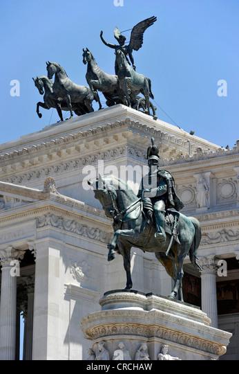 Bronze statue of King Vittorio Emanuele II and Quadriga on the Italian National Monument, Piazza Venezia, Rome, - Stock Image