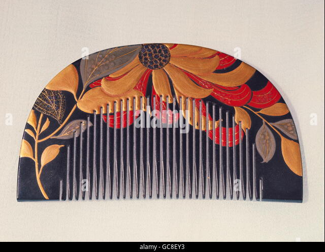 fine arts, Japan, laquer ware, comb with laquer painting and nacre, 19th century, private collection, - Stock Image