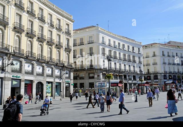 Puerta del sol stock photos puerta del sol stock images for Puerta del sol 9 madrid