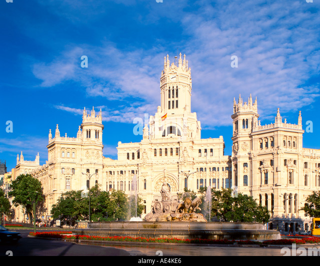 Madrid cibeles fountain background historical post office - Stock Image