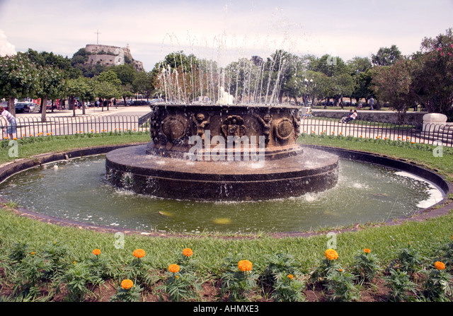 Fountain in the Spianada in front of the Old Fortress - Stock Image