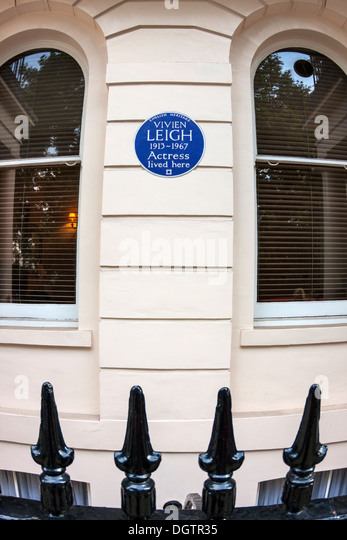 Blue Plaque on former home of Vivien Leigh - Stock Image