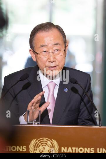 (150615) -- GENEVA, June 15, 2015 (Xinhua) -- UN Secretary-General Ban Ki-moon holds a press conference after meeting - Stock Image