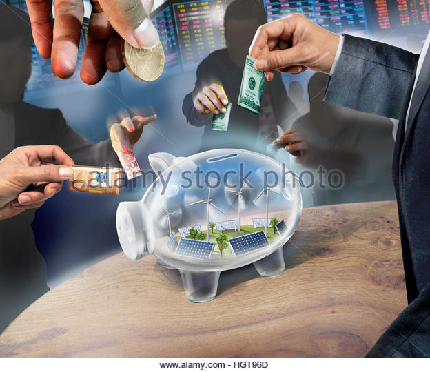 Business people investing money in transparent piggy bank containing renewable energy - Stock-Bilder