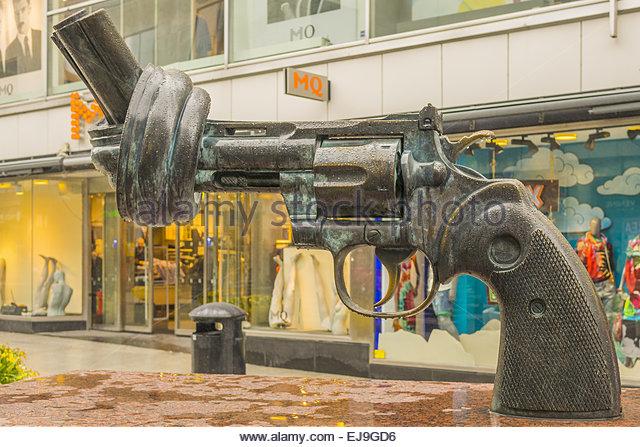 Non Violent Sculpture Stockholm Sweden - Stock Image
