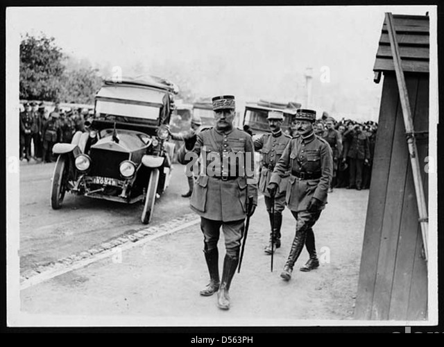 Field Marshall Foch visits the King - Stock Image