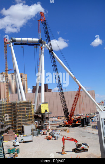 Nevada Las Vegas The Strip construction site crane economic development - Stock Image