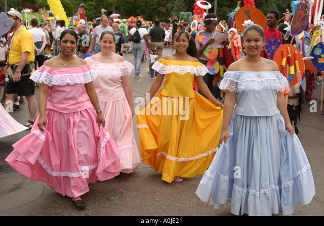Cleveland Ohio University Circle Parade the Circle costumes masks Hispanic teen dancers - Stock Image