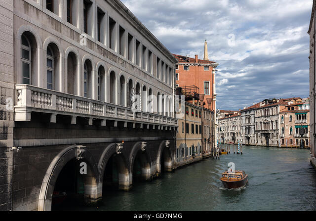 Rio de Ca Foscari canal in Venice, Italy - Stock Image
