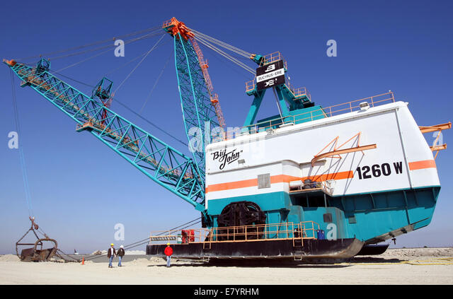 Mar 5, 2010 - Loxahatchee, Florida, U.S. - View of a six story high dredger applied named Big John, used to do wet - Stock-Bilder