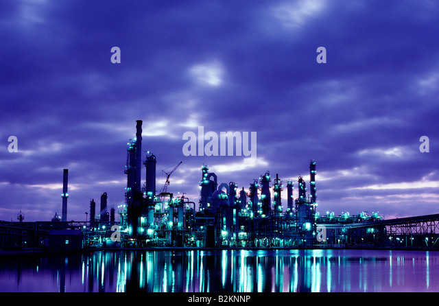 Industrial chemical plant at dusk, Channelview, Texas - Stock Image