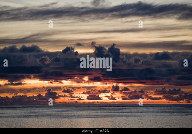 Sunset over South Pacific Ocean horizon - Stock Image
