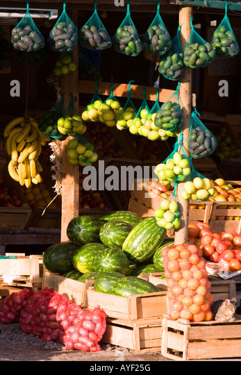 Roadside fruit stand near Valparaiso Chile - Stock Image