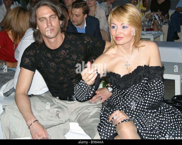 Singer Katya Lel and her fiance Igor at the premiere of businessman Emin Agalarov s single Emin Incredible in Neskuchny - Stock Image