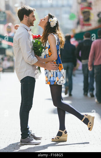 Couple dating in Paris - Stock Image