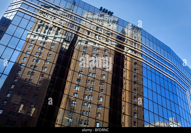 Reflection in Skyscraper, New York - Stock-Bilder