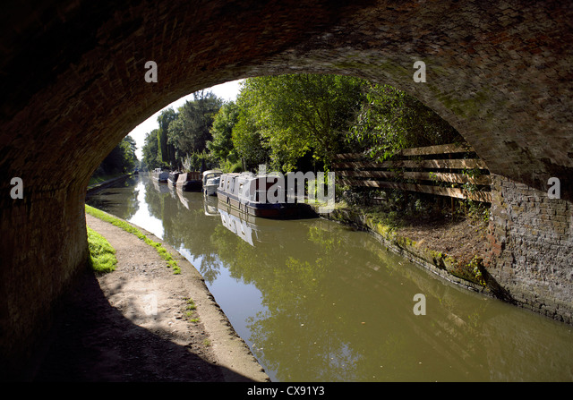 Bridge, 55 at Hatton, on, the, Grand Union Canal, Warwickshire, England, UK, Narrowboats, Narrowboat, boat, boats, - Stock Image