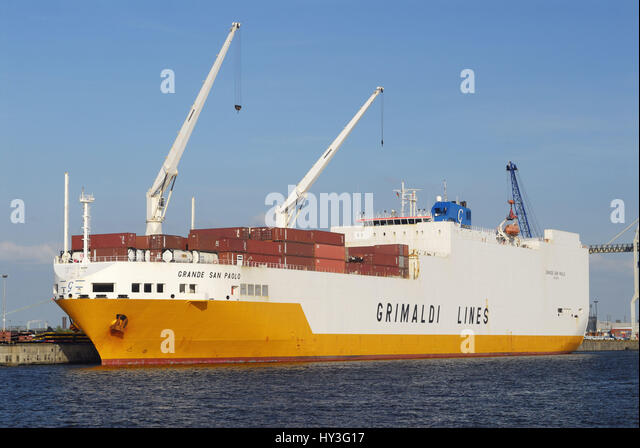 Grandee San Paolo of the Grimaldi Lines in the Hamburg harbour, Hamburg, Germany, Europe, Grande San Paolo der Grimaldi - Stock Image