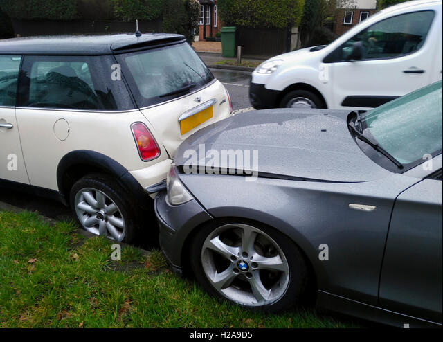 Broken Cars Stock Photos Amp Broken Cars Stock Images Alamy