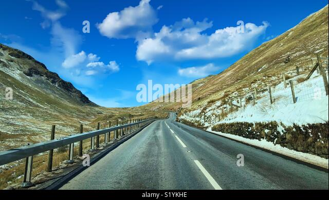 Road trip through the mountains of Snowdonia - Stock Image