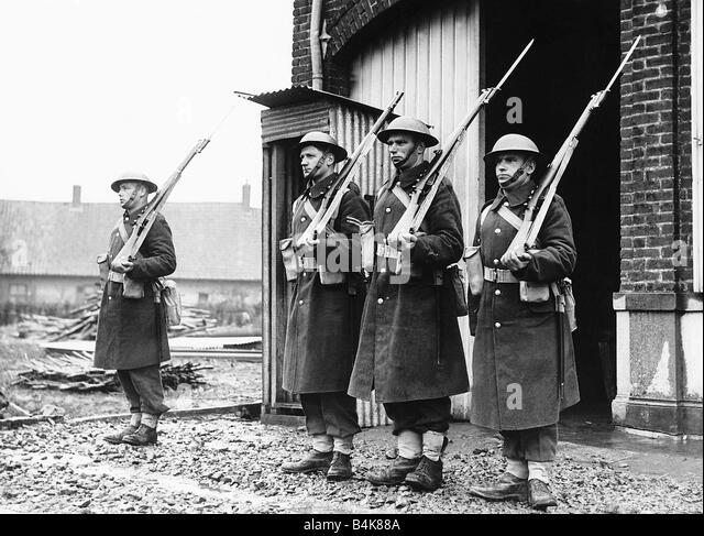 David Lloyd Epsom >> Fusiliers Black and White Stock Photos & Images - Alamy