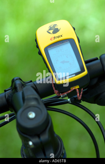PICTURE CREDIT DOUG BLANE GPS Mountain Biking at the bike park Brickhill Woods Wobrn Sands - Stock Image