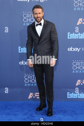 Santa Monica, California, USA. 11th Dec, 2016. Ryan Reynolds. The 22nd Annual Critics' Choice Awards held at - Stock-Bilder