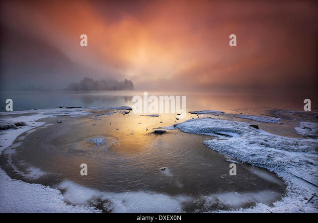 Dramatic sunset over Loch Shiel, Glenfinnan, Lochaber, Scottish Highlands. - Stock Image
