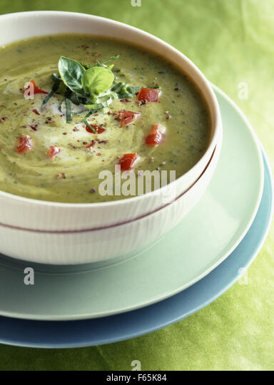 chilled courgette and sweet curry soup - Stock Image