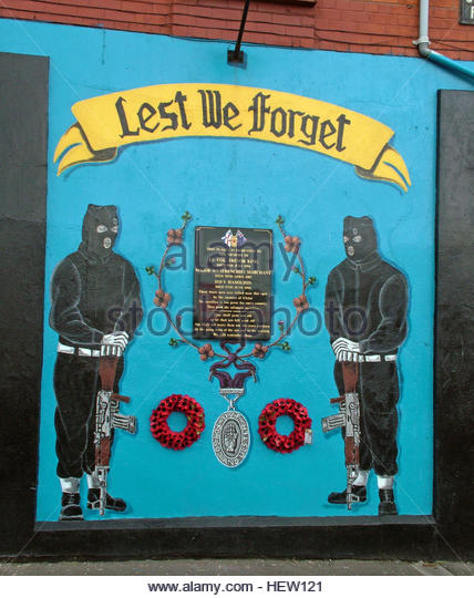 Shankill Road Mural -Lest we Forget, Col Trevor King, West Belfast, Northern Ireland, UK - Stock Image