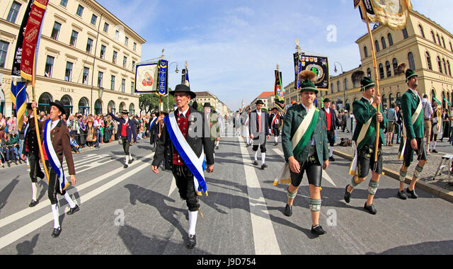 Traditional Costume Parade on occasion of the Oktoberfest, Munich, Upper Bavaria, Bavaria, Germany, Europe - Stock-Bilder