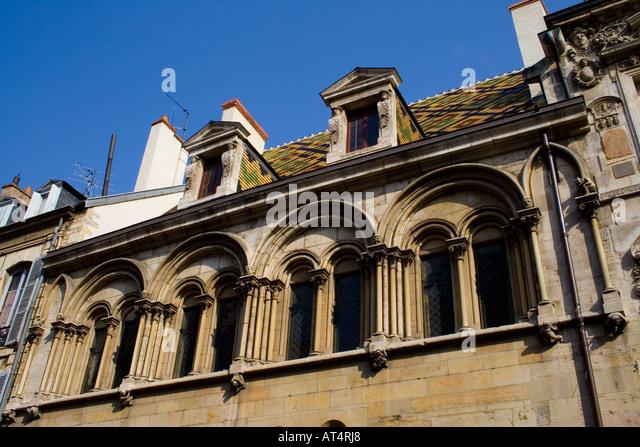 Arch dijon france architecture stock photos arch dijon for Dijon architecture