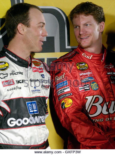 dale chatrooms Welcome to the nascar chat buddies website we are a group organized of people that love nascar and love to have fun chatting about nascar.