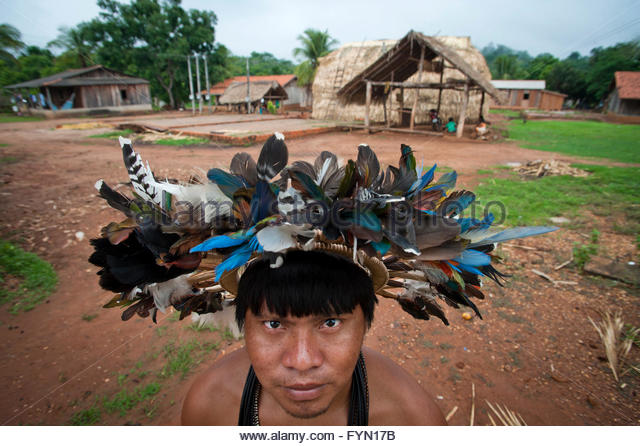 23 year old Mopidmore Surui at Lapetanha, Rondonia, Brazil at the '7th September Indian Reserve'. - Stock Image