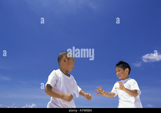 Two boys about to fight - Stock-Bilder