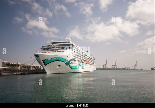 Norwegian jade stock photos norwegian jade stock images alamy - Port of las palmas gran canaria ...