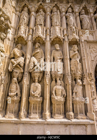 Carvings stock photos images alamy