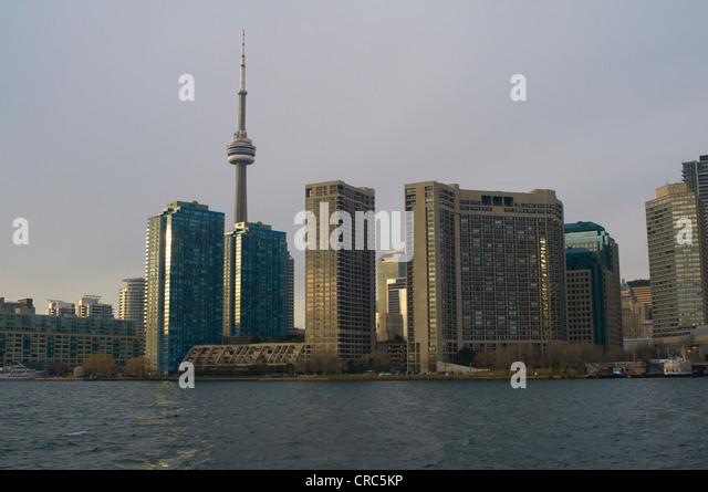 Toronto city skyline on water - Stock Image