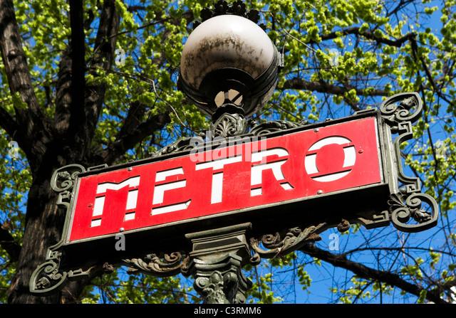 Metro sign, Paris, France - Stock Image