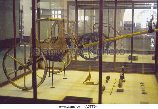 Restored golden chariot from Luxor tomb of King Tutankhamun now in Cairo Egyptian Museum - Stock Image