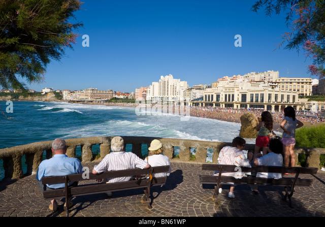 Biarritz stock photos biarritz stock images alamy - Hotel de la plage biarritz 3 esplanade du port vieux ...