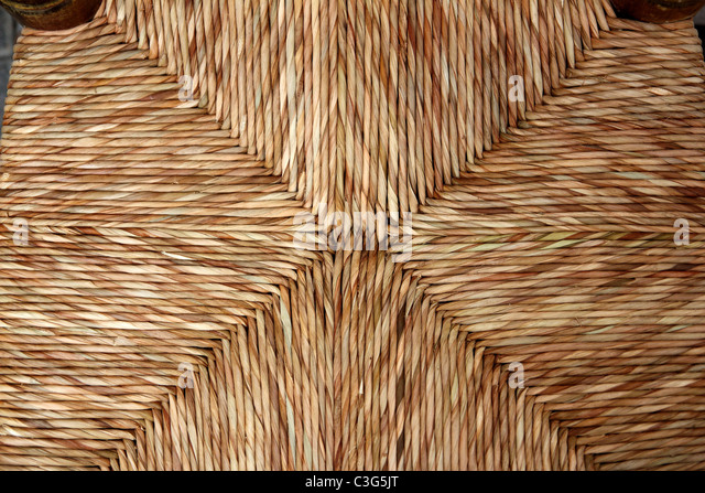 enea chair seat traditional dried reeds grass handcrafts in Spain - Stock Image