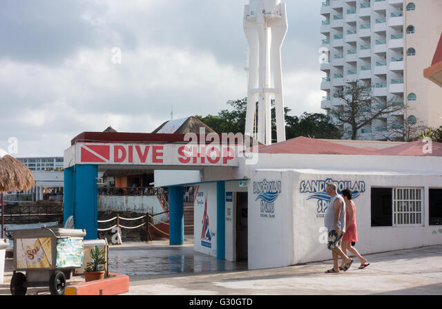 Diving shop stock photos diving shop stock images alamy - Dive shop mexico ...