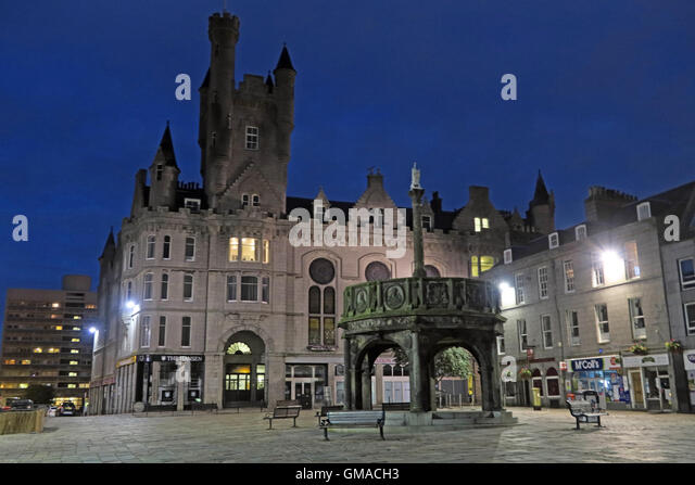 Castlegate, Mercat Cross Aberdeen City Centre, Scotland, at dusk - Stock Image