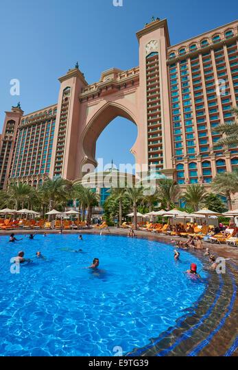 Atlantis The Palm Dubai Pool Stock Photos Atlantis The Palm Dubai Pool Stock Images Alamy