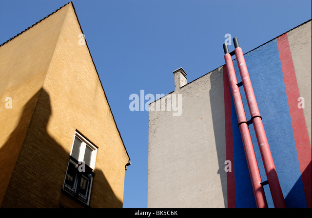 URBAN COLORS AND SHADOWS - Stock Image