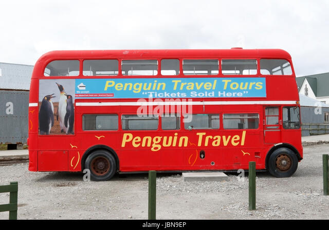 London double-decker bus with Penguin Travel advertising, Stanley, Falkland Islands - Stock-Bilder