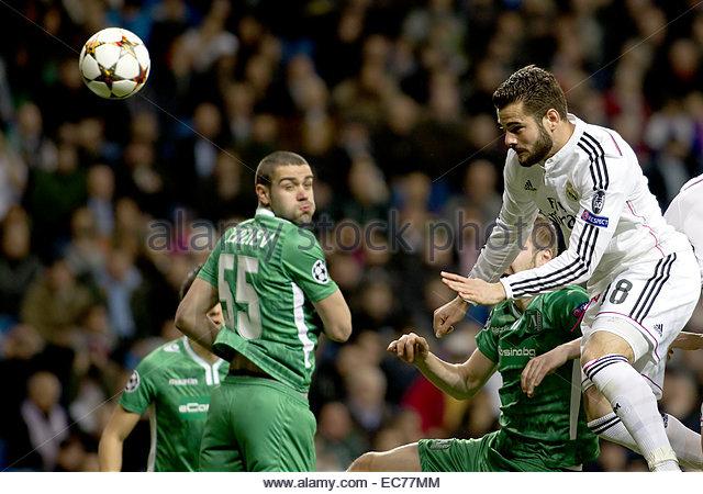 SPAIN, Madrid: Real Madrid's Spanish Defender Nacho Fernandez and Ludogorets´s Defender player Georgi Terziev - Stock Image